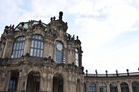 ツヴィンガー宮殿「カリヨンの門」(ドイツ・ドレスデン)の写真素材 [FYI00923963]