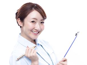 若い女性の医療従事者の写真素材 [FYI00923968]