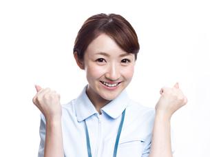 ガッツポーズ 医療従事者の写真素材 [FYI00924019]