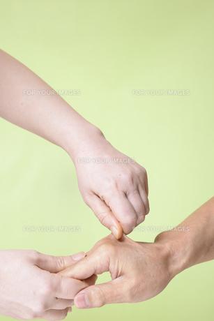 虐待のイメージの写真素材 [FYI00924271]
