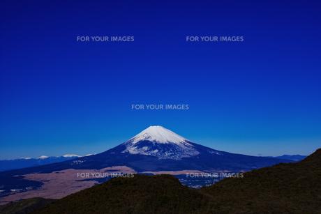 晴天の富士山の写真素材 [FYI00924565]