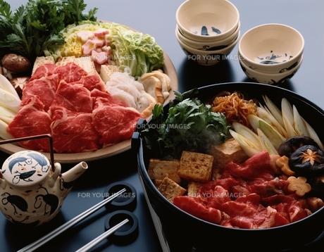 すき焼き 鍋料理の素材 [FYI00924929]