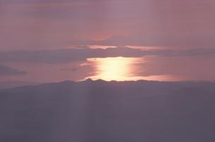 雲と夕焼けの素材 [FYI00925133]