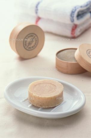 石鹸とタオルの素材 [FYI00925594]