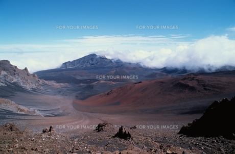 大地と空と山の素材 [FYI00925762]