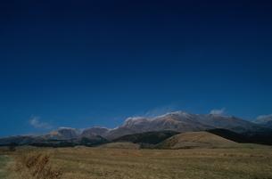 青空と山の素材 [FYI00925924]