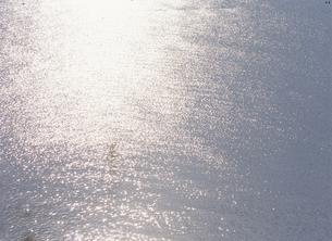 光る海面の素材 [FYI00930289]