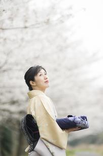 和服の日本人女性の素材 [FYI00934822]
