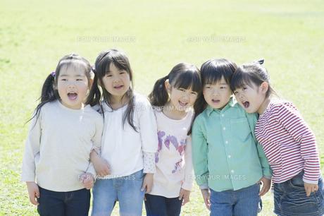 5人の子供達の素材 [FYI00935225]