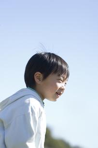 笑う男の子の素材 [FYI00935401]