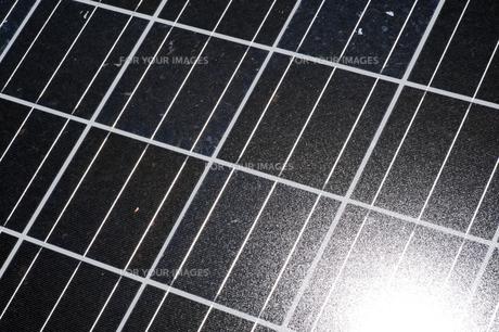 太陽光パネルの素材 [FYI00935523]