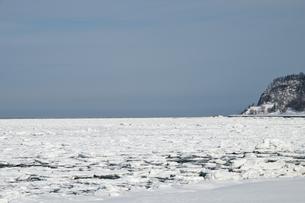 接岸した流氷の写真素材 [FYI00941849]