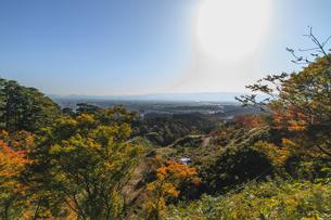 秋の春日山城跡の風景の写真素材 [FYI00941888]