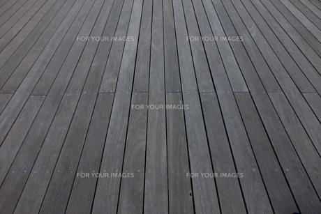 ウッドデッキの床の写真素材 [FYI00941944]
