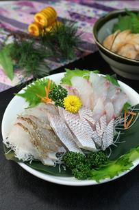 鯛の刺身の写真素材 [FYI00942326]