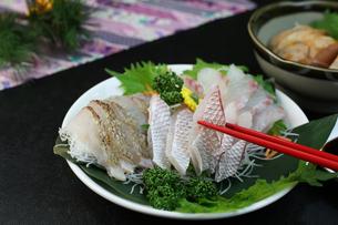 鯛の刺身の写真素材 [FYI00942327]