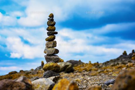 積み上げた石の写真素材 [FYI00942732]