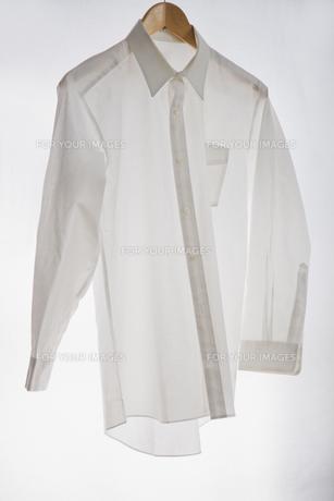 白いワイシャツの素材 [FYI00943956]