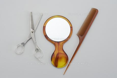 櫛とハサミと手鏡の素材 [FYI00950047]