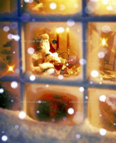 クリスマスデコレーションの部屋の素材 [FYI00950271]