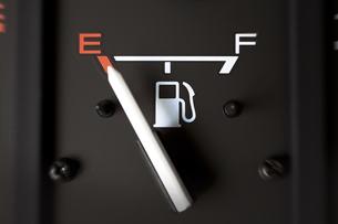 ガス欠の燃料計の素材 [FYI00954747]