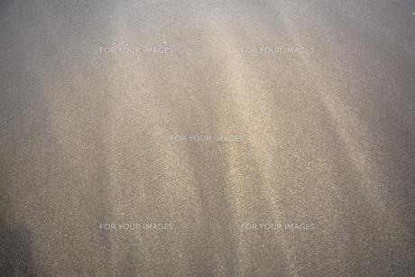 波打ち際の砂の素材 [FYI00954959]