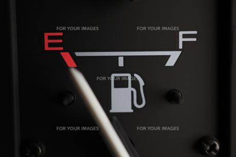 ガス欠のガソリン計の素材 [FYI00956391]