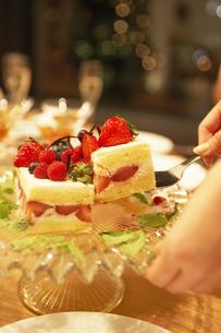 いちごのケーキの素材 [FYI00959361]