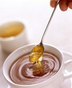 スプーンと紅茶の素材 [FYI00960139]