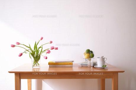 テーブルの素材 [FYI00960555]