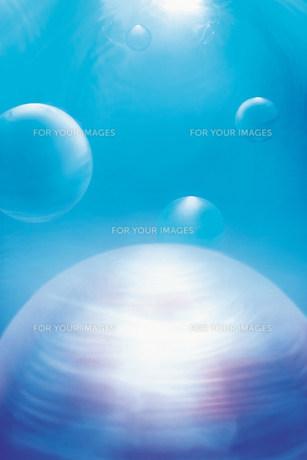 水と球体の素材 [FYI00960588]