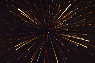 放射状に広がる光の線の素材 [FYI00961359]