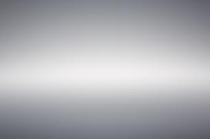 灰色に横に一筋の光の素材 [FYI00961365]
