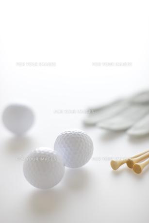 ゴルフボールとティーの素材 [FYI00968701]