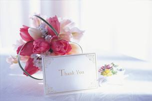 花とカードの素材 [FYI00969555]