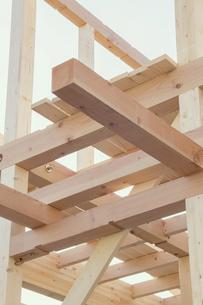 建築中の木造住宅の素材 [FYI00975126]