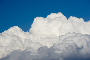 積乱雲の素材 [FYI00975690]