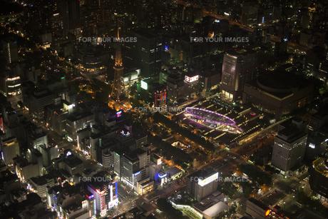 空撮:栄エリア夜景の素材 [FYI00982426]