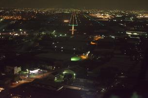 空撮:名古屋空港,滑走路の素材 [FYI00982462]