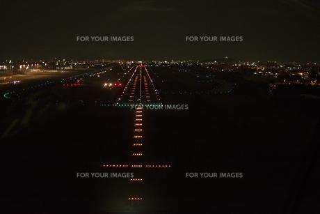 空撮:名古屋空港滑走路ライトの素材 [FYI00982484]