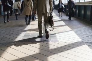 東京の通勤風景の写真素材 [FYI00986376]
