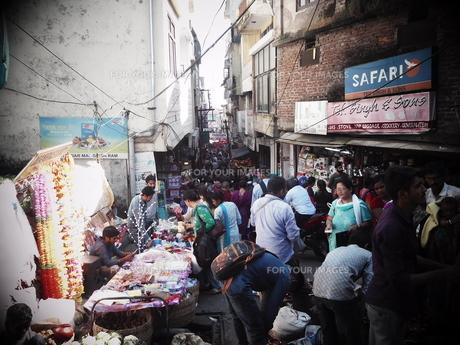 インドの商店街の写真素材 [FYI00986381]