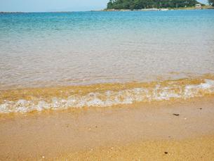 透き通る海の写真素材 [FYI00987365]