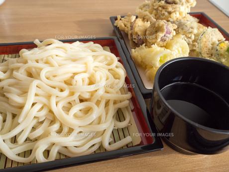 天ぷらうどんの写真素材 [FYI00987471]