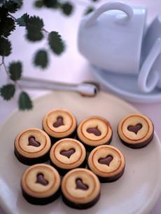 ハート型のバレンタインチョコレートクッキーの素材 [FYI00989330]