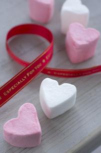 バレンタインのハートマシュマロの素材 [FYI00989912]