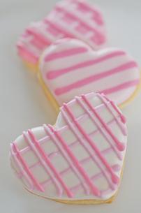 ハートのバレンタインアイシングクッキーの素材 [FYI00990323]