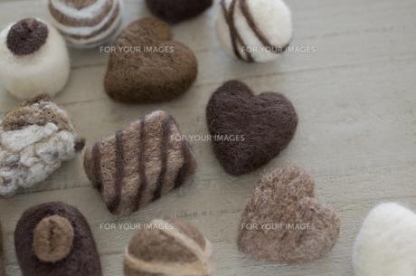 ニードルフェルトのバレンタインチョコレートの素材 [FYI00990400]