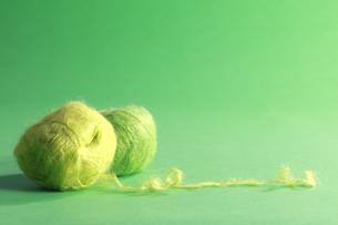 緑の毛糸玉の素材 [FYI00992047]