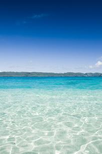透き通った海と青空の素材 [FYI00992185]